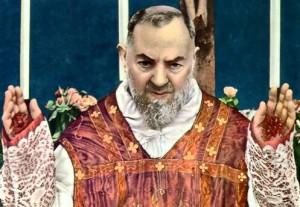 Padre Pio -estigmas-