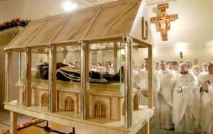 Padre Pio incorrupto