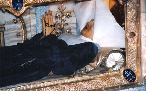 Santa Catalina de Labouré incorrupta