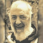 Padre Pio sonriente (Ft Img)