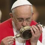 Papa Francisco y Sangre de San Genaro (ft img)