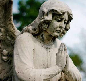 Ángel orando (ft img)