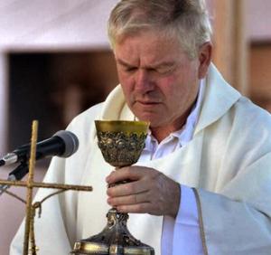 Padre Aldo Trento (ft img)