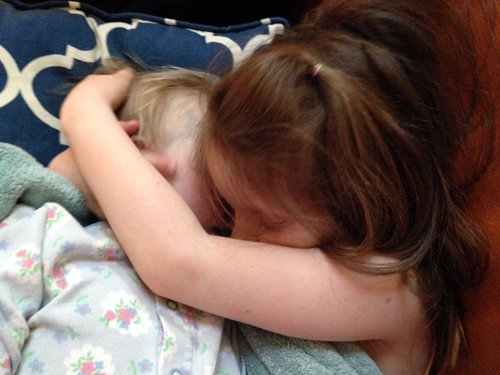 Giselle y su hermana