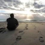 Hombre reflexionando (ft img)